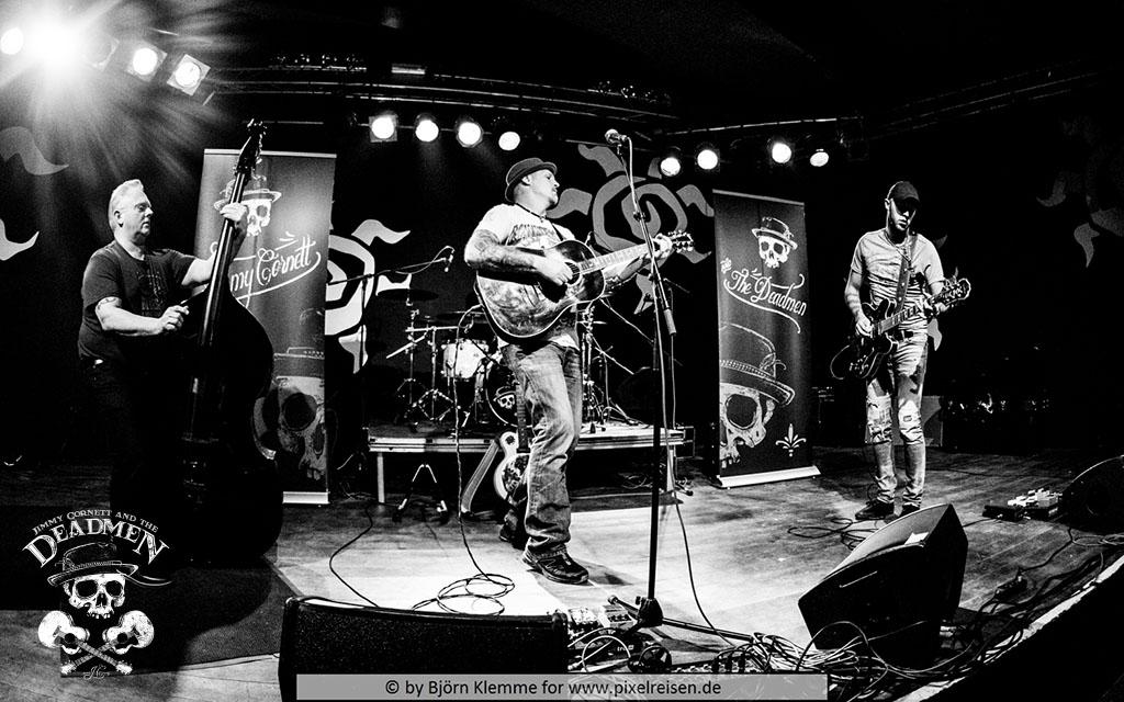 """Konzert """"Jimmy Cornett and the Deadmen"""" in Hameln, Sumpfblume am 30.11.2019. Fotos: Björn Klemme"""